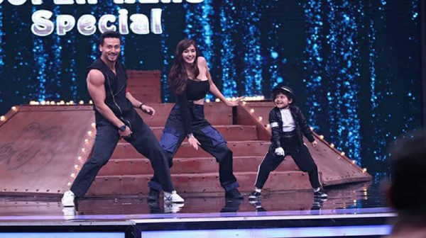 "Photo of Baaghi 2 Tiger Shroff was forced to say, ""I am a cat in front of them."""