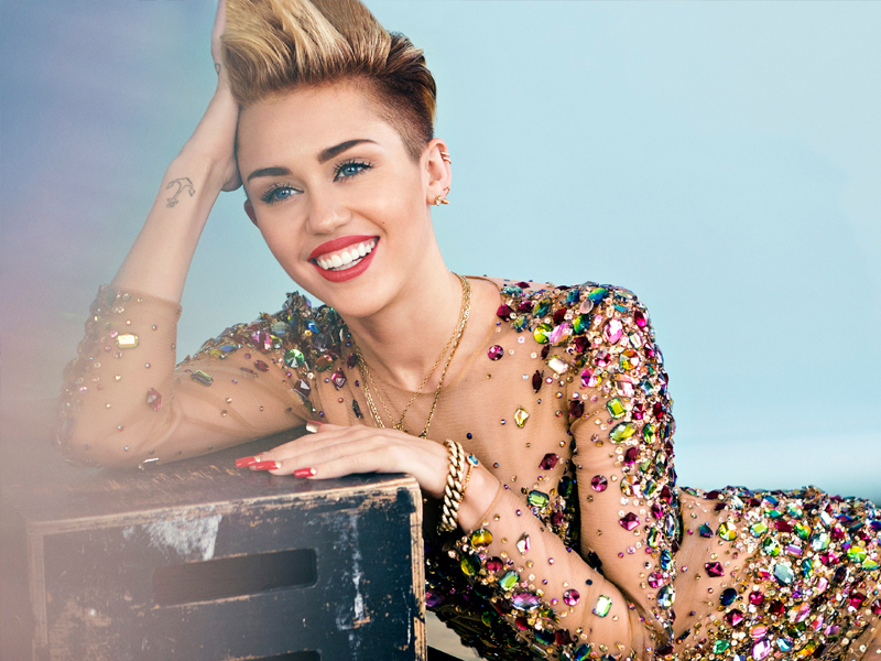 Miley CyrusAge, Height, Biography, Boyfriend, Weight, Family, Photo, Wiki, video, song, biografy, father, bio, wiki, pop song