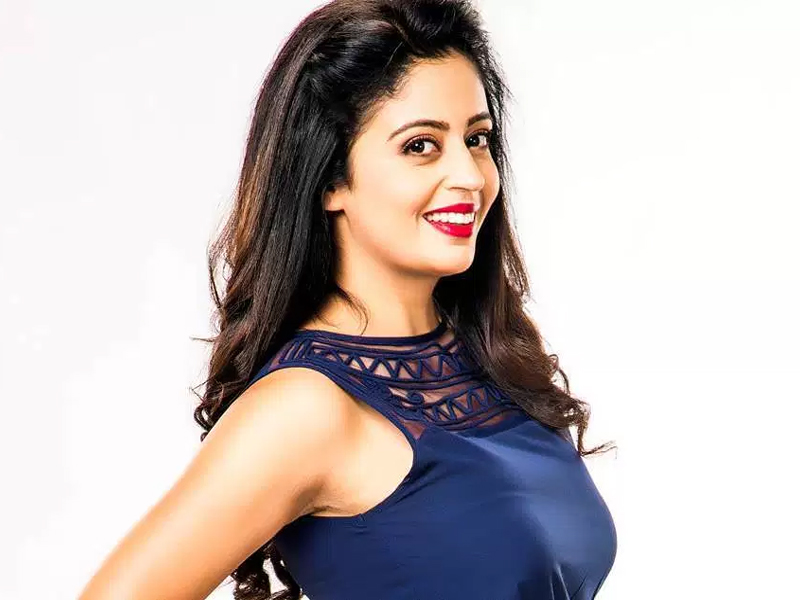 Neha Pendse Age, Height, Biography, Boyfriend, Weight, Family, Photo, Wiki, hot, movie, serials, life ok,