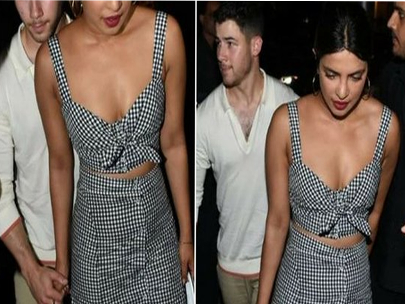 Photo of Priyanka Chopra, Nick Jonas spotted holding hands for a 'dinner date'