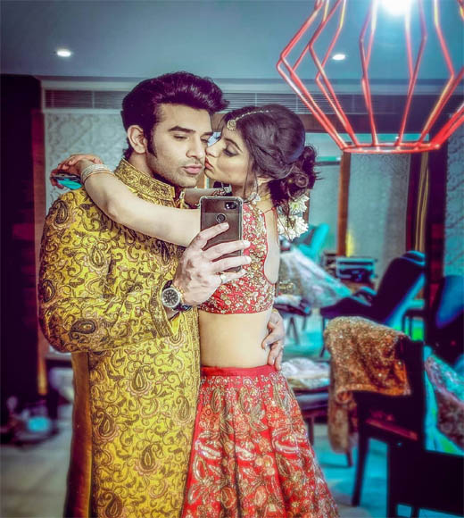 paras chhabra girlfriend, paras chhabra and akanksha puri, paras chhabra real girlfriend,